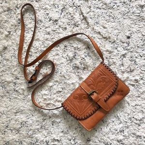 Patricia Nash took Leather Crossbody bag